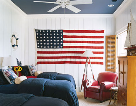 125-red-white-blue-bedroom-0506_xlg-13133017